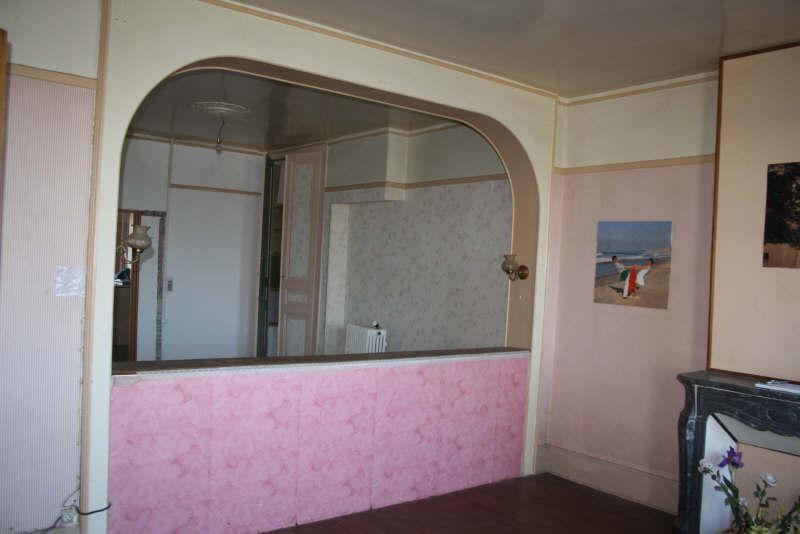 Sale house / villa Hirson 43800€ - Picture 2