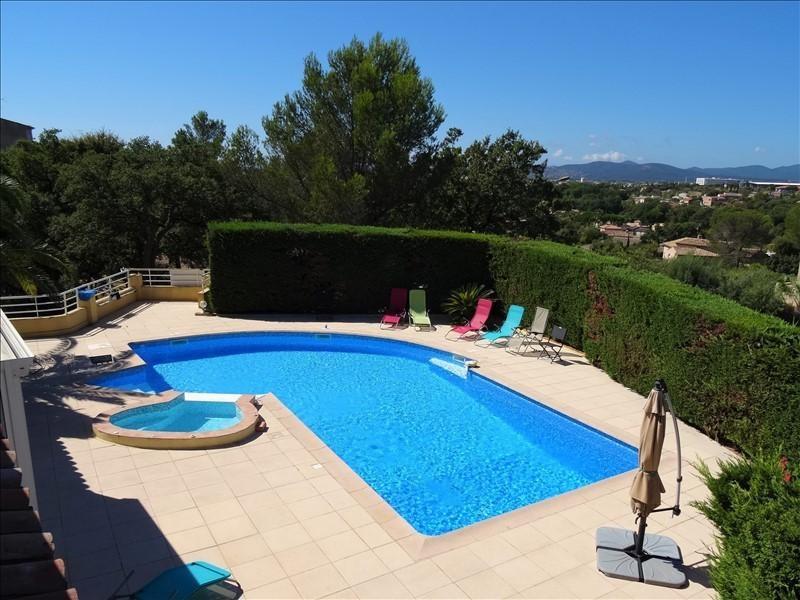Deluxe sale house / villa Frejus 610000€ - Picture 10