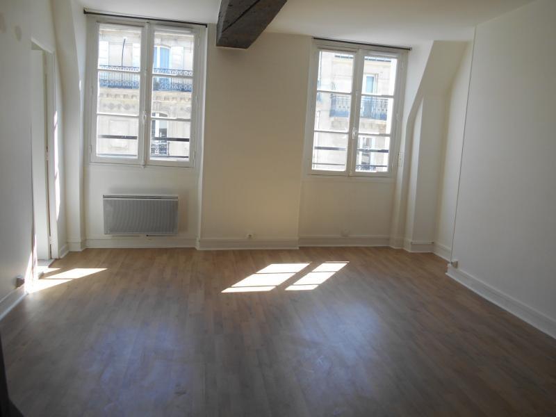 Location appartement Paris 5ème 1367€ CC - Photo 2