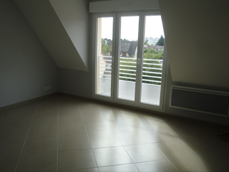 Rental apartment Orsay 730€ CC - Picture 3
