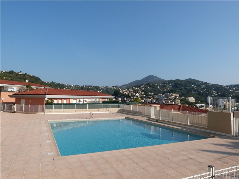 Sale apartment Nice 270 000€ - Picture 1