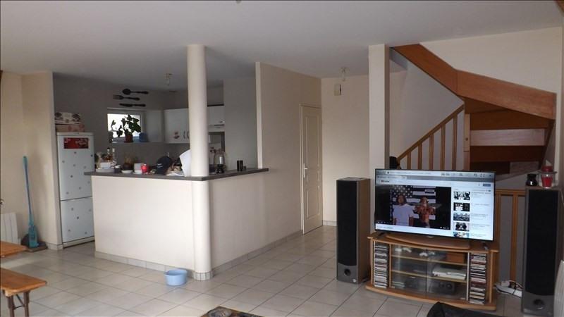 Location maison / villa Nanteuil les meaux 912€ CC - Photo 1