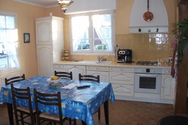Sale house / villa Pont croix 120750€ - Picture 4