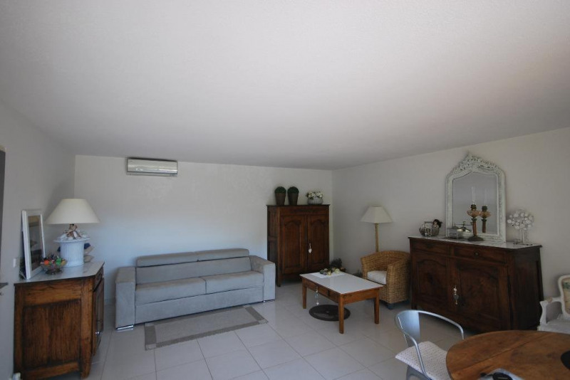 Sale apartment Mandelieu-la-napoule 530 000€ - Picture 2
