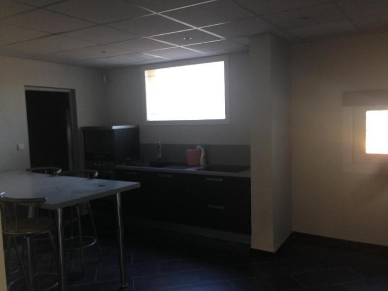 Location bureau Meyreuil 2 040€ CC - Photo 4