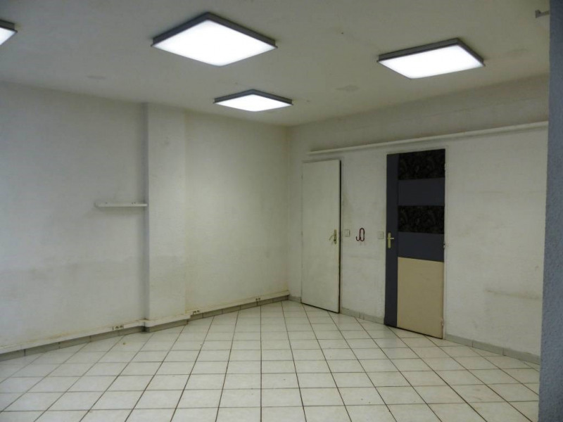 Location local commercial Domene 300€ CC - Photo 4