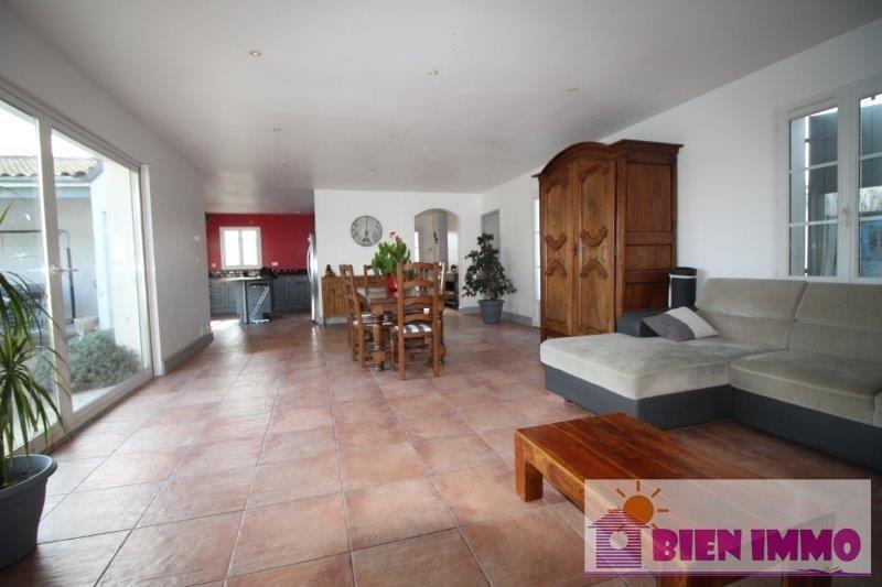 Sale house / villa L eguille 329800€ - Picture 2