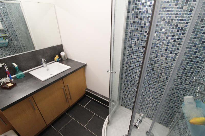 Sale apartment Maurepas 216000€ - Picture 6
