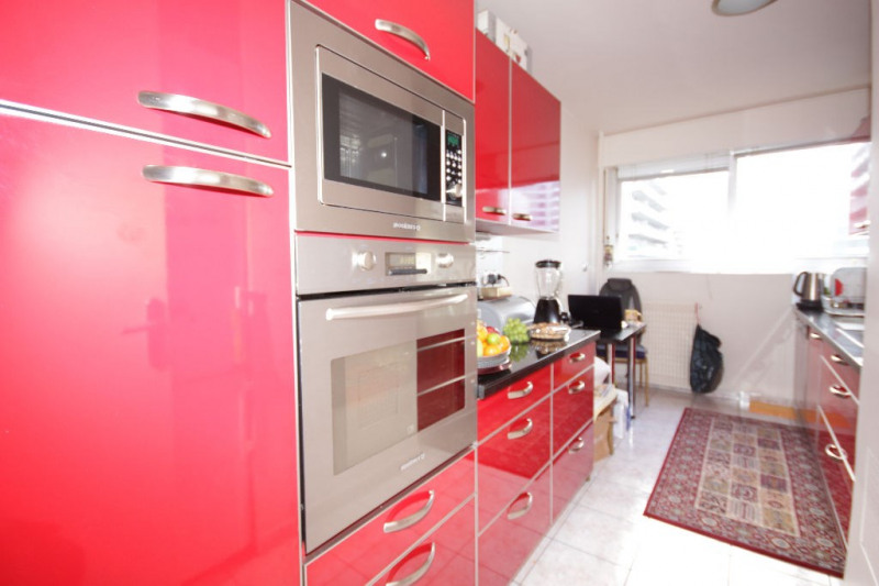 Sale apartment Courbevoie 884000€ - Picture 5