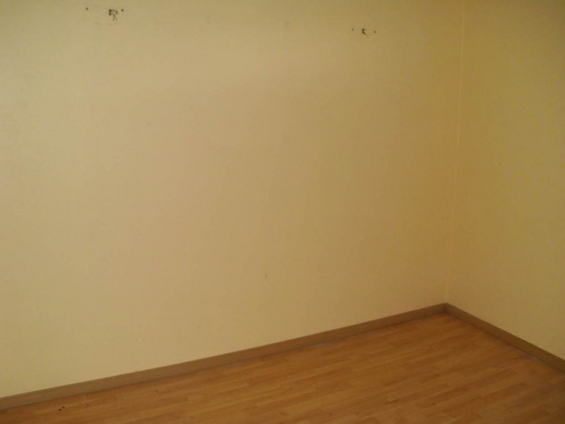 Rental empty room/storage Entraigues sur la sorgue 800€ HC - Picture 2