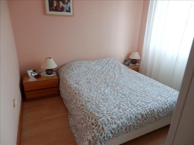 Investment property house / villa Saint jean de linieres 322000€ - Picture 4