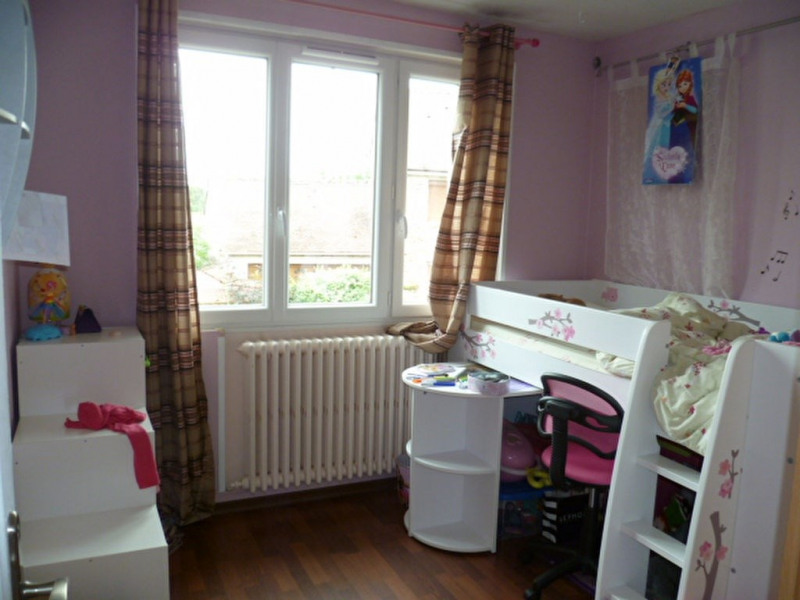 Sale house / villa Crecy la chapelle 283 000€ - Picture 9