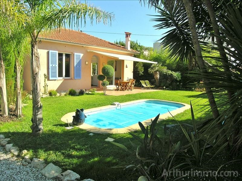 Deluxe sale house / villa Antibes 995 000€ - Picture 2