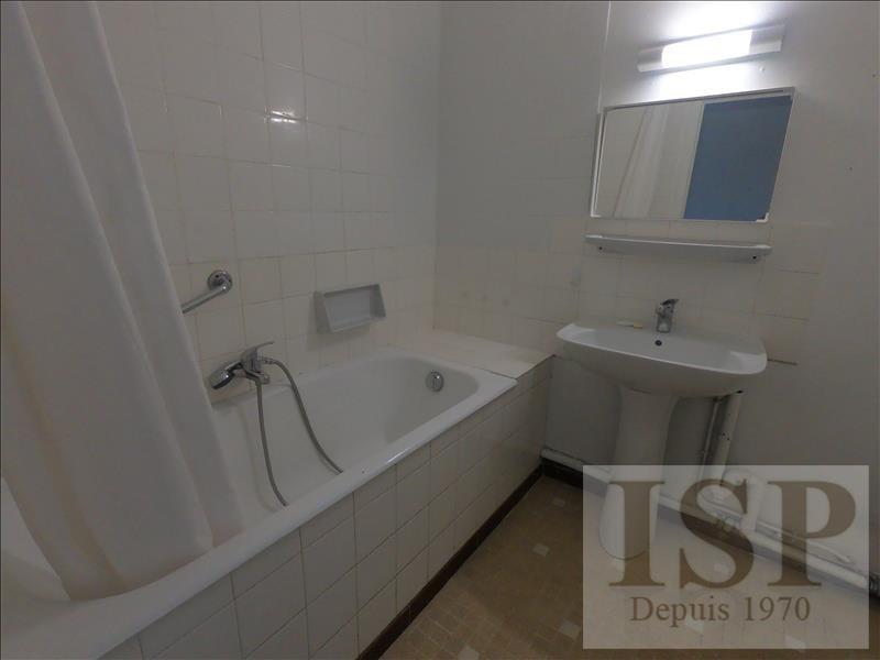 Location appartement Aix en provence 828€ CC - Photo 7