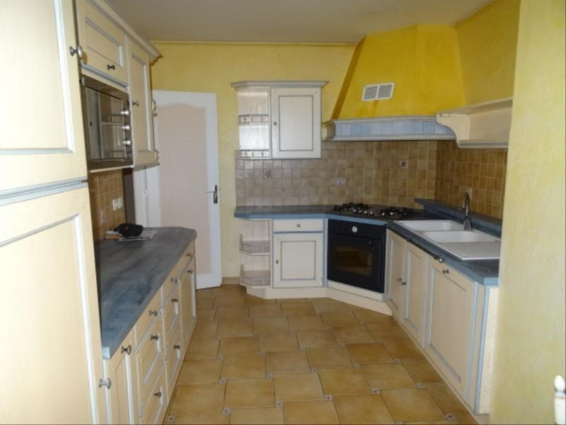 Location appartement Villefranche sur saone 899€ CC - Photo 3