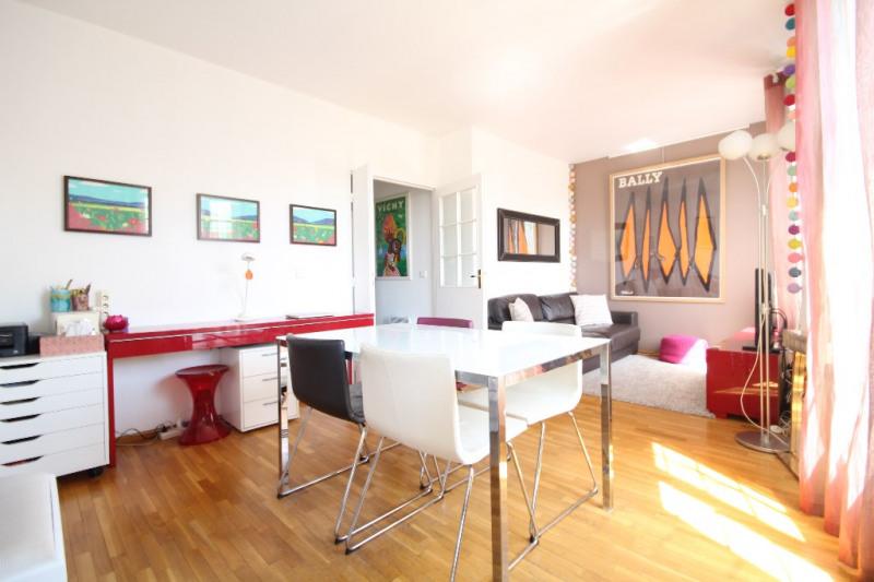 Sale apartment Saint germain en laye 305000€ - Picture 1