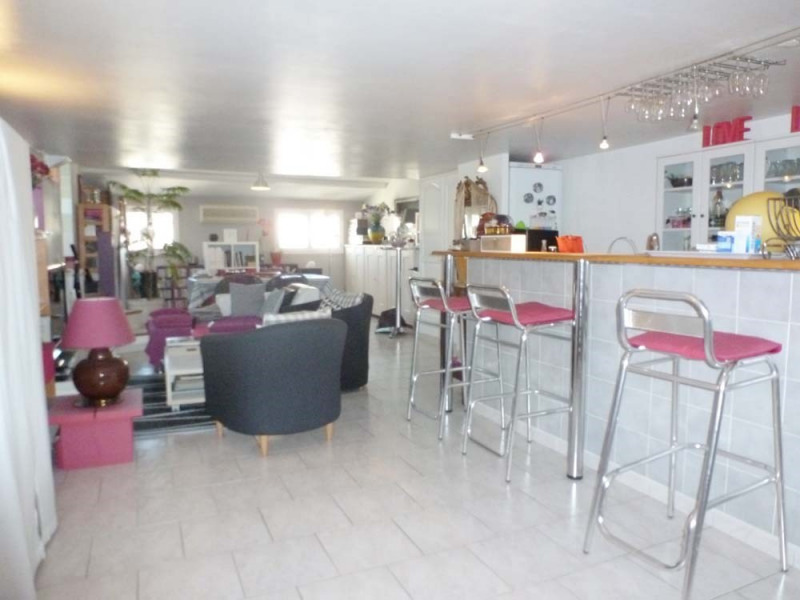 Sale apartment Avignon 230 000€ - Picture 2
