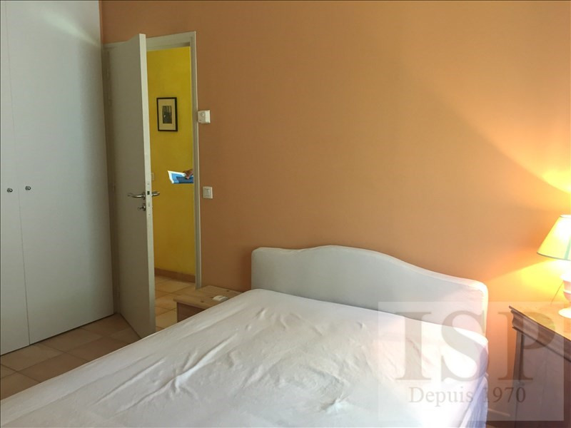 Location maison / villa Aix en provence 780€ CC - Photo 6