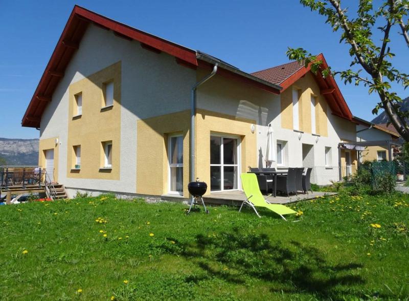 Sale apartment Saint-pierre-en-faucigny 299000€ - Picture 1