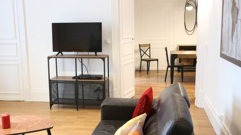 Rental apartment Fontainebleau 2 600€ CC - Picture 5