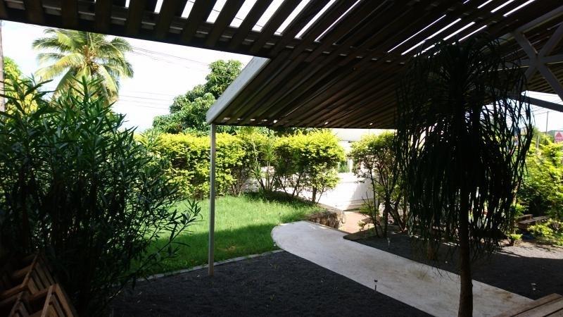 Vente maison / villa St paul 352000€ - Photo 10