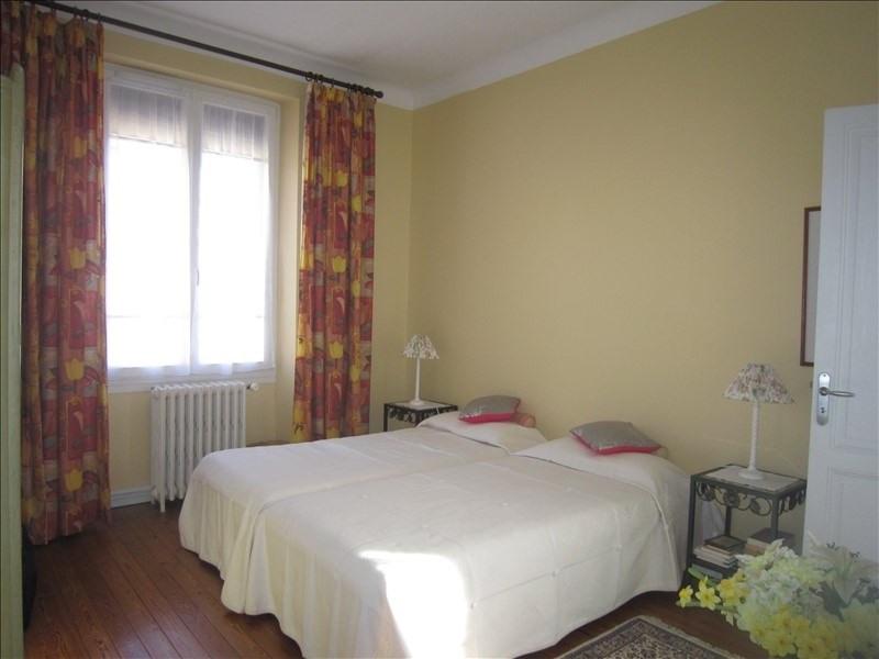 Sale house / villa St cyprien 385000€ - Picture 9
