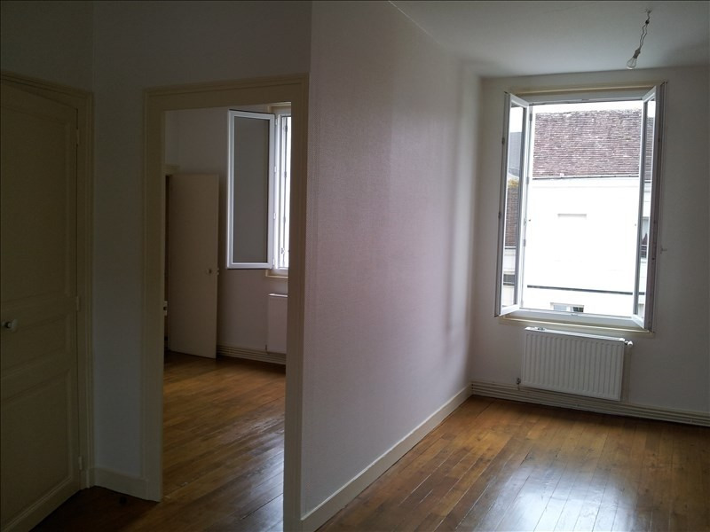 Location appartement Montoire sur le loir 410€ CC - Photo 3