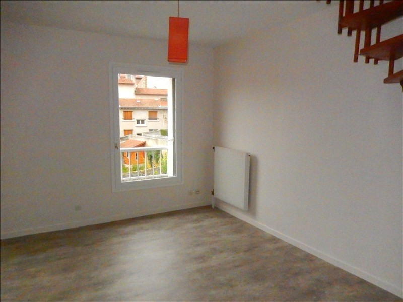 Rental apartment Le puy en velay 354,79€ CC - Picture 2
