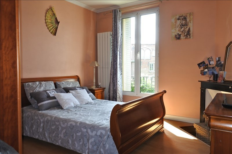 Vente maison / villa St germain en laye 685000€ - Photo 4