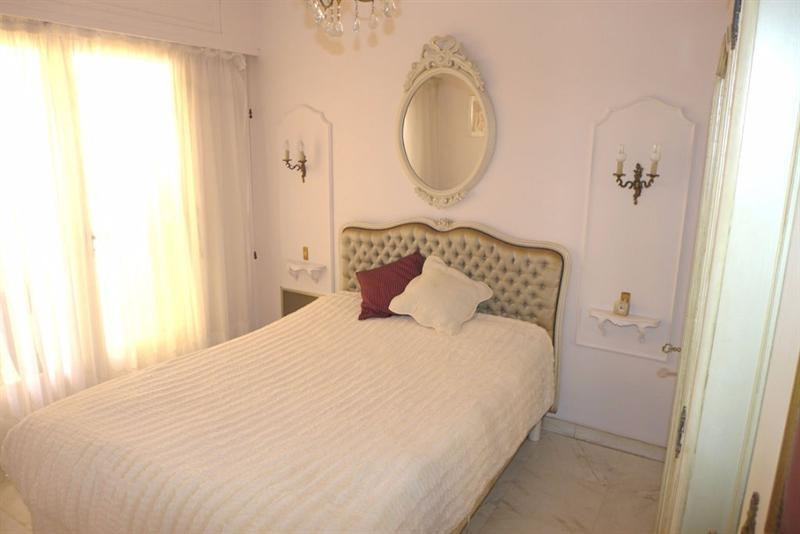 Sale building Juan les pins 975 000€ - Picture 4
