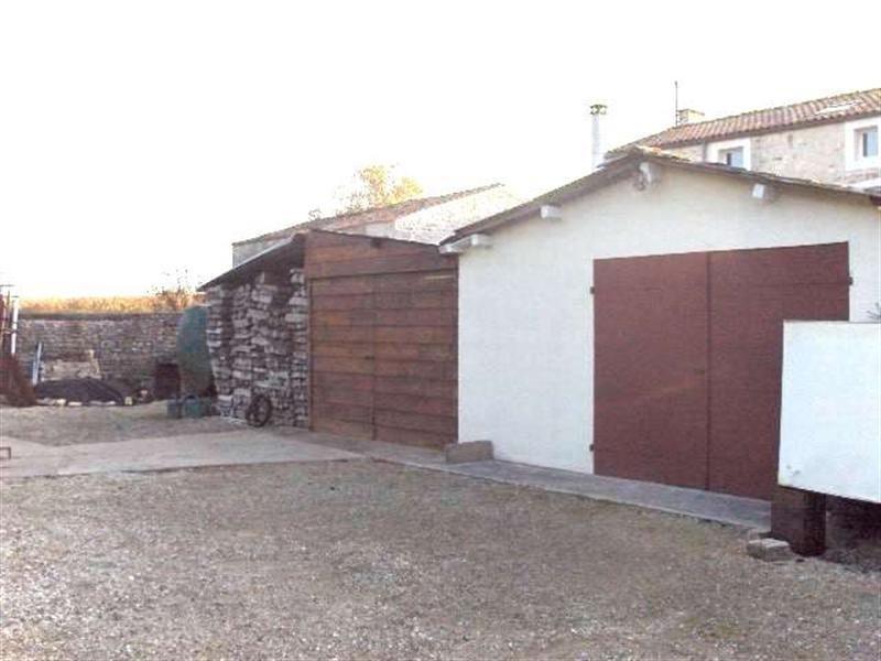 Sale house / villa Saint-porchaire 159000€ - Picture 6
