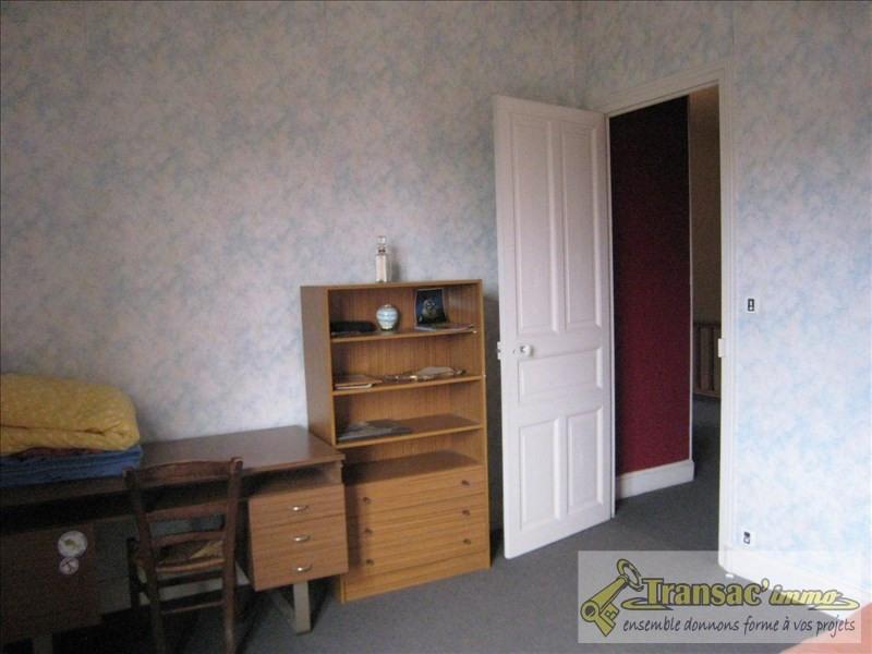 Sale house / villa Puy guillaume 110210€ - Picture 7