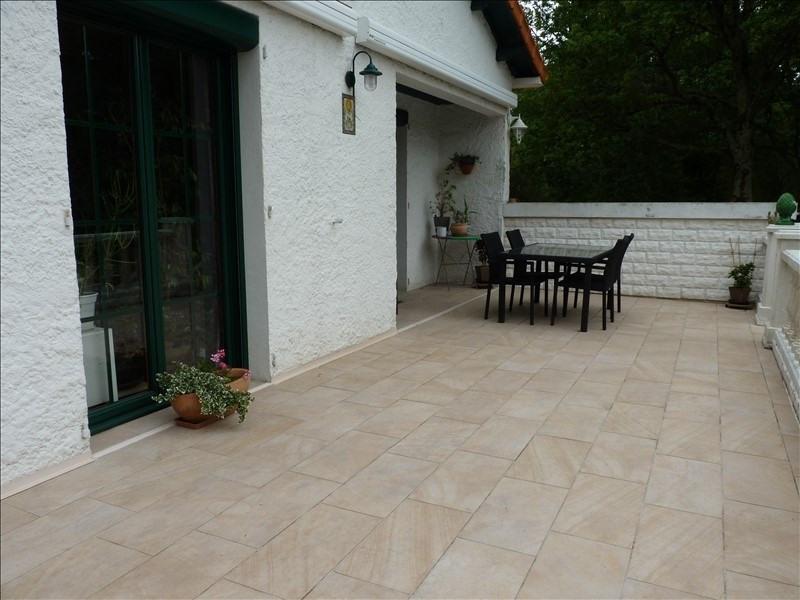 Sale house / villa Les clouzeaux 328600€ - Picture 2