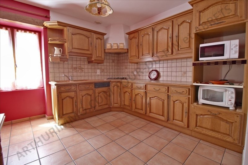 Vente maison / villa Les abrets 159 000€ - Photo 5