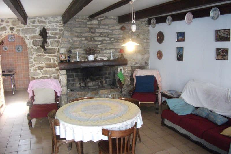 Sale house / villa Pont croix 89250€ - Picture 2