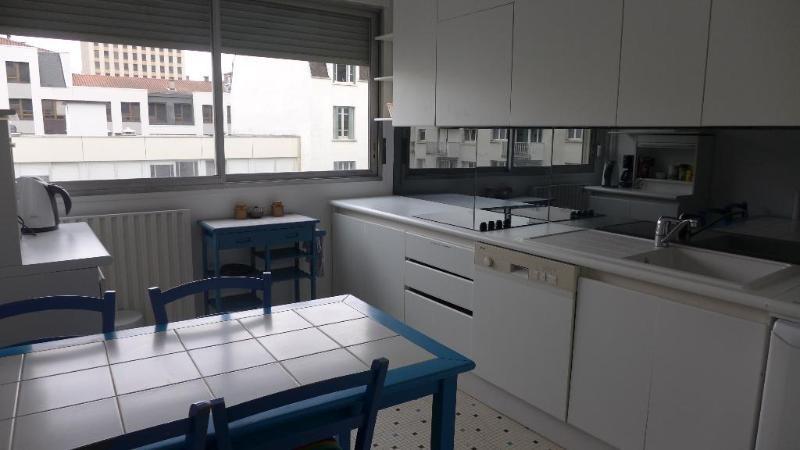 Rental apartment Lyon 6ème 1500€ CC - Picture 2