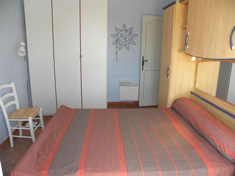 Location vacances appartement Bandol 500€ - Photo 6