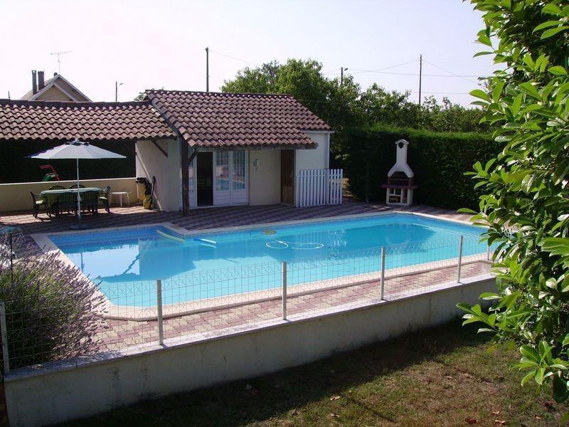 Sale house / villa St medard de mussidan 220000€ - Picture 1