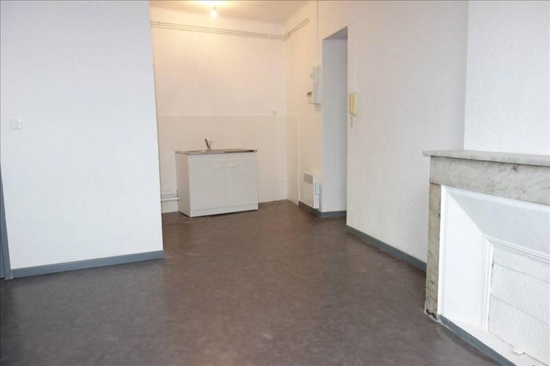 Location appartement Toulon 327€ CC - Photo 2