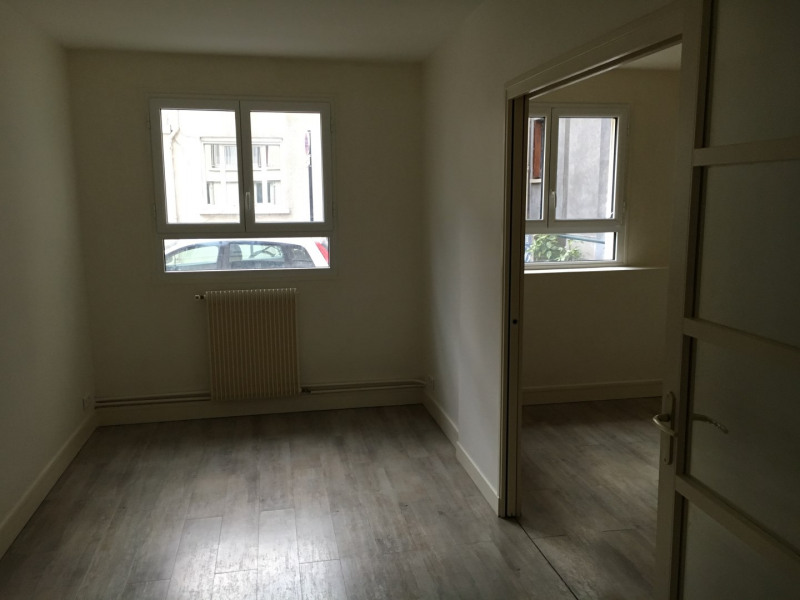 Sale apartment Paris 15ème 695 000€ - Picture 2