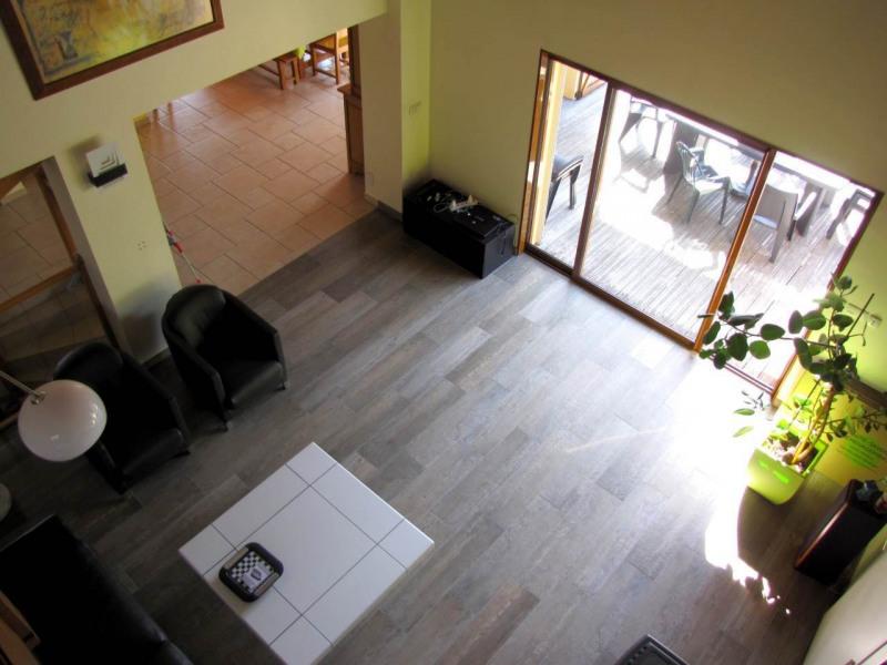 Deluxe sale house / villa Etaux 640000€ - Picture 5