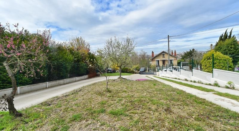 Sale site Ormesson sur marne 233 000€ - Picture 2