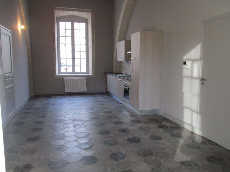 Location appartement Nimes 690€ CC - Photo 2