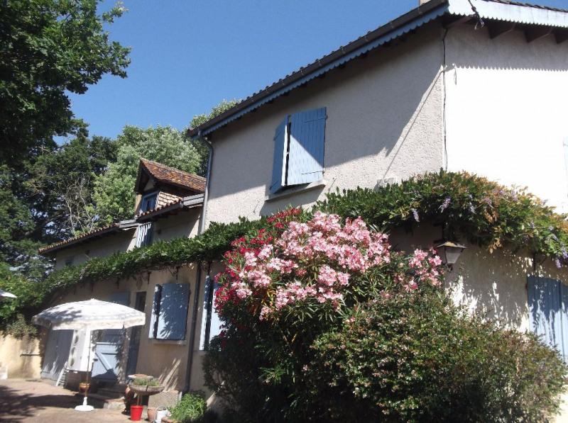 Sale house / villa Segos 259700€ - Picture 2