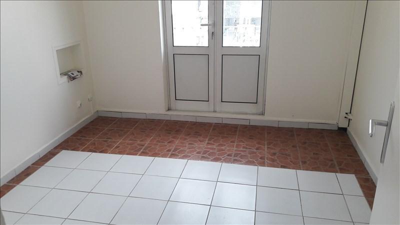 Location appartement Pointe a pitre 800€ CC - Photo 4