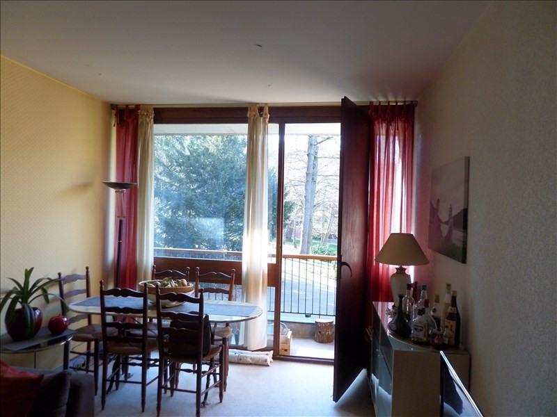 Sale apartment La celle st cloud 229000€ - Picture 2