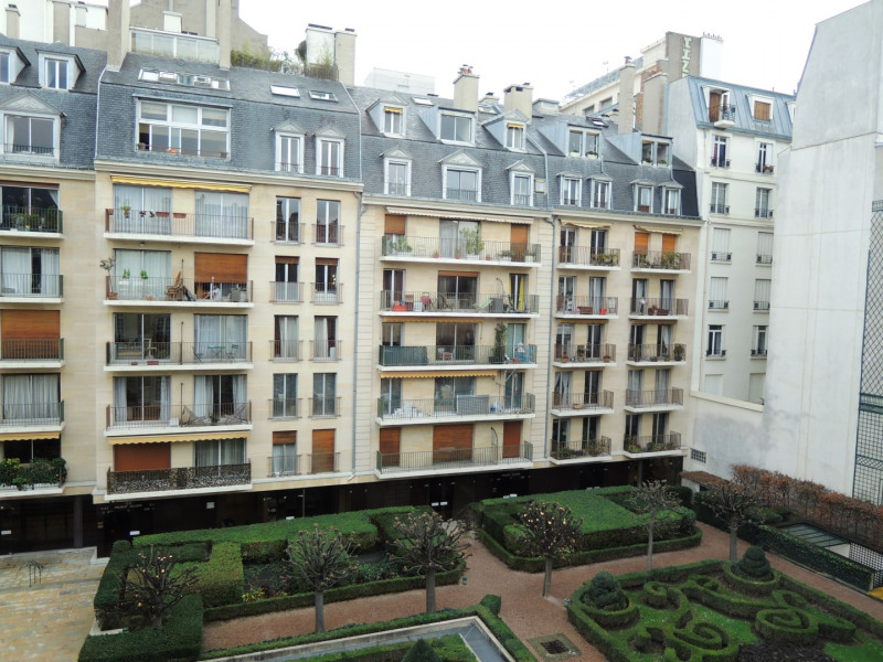 Rental apartment Paris 3ème 2679€ CC - Picture 13