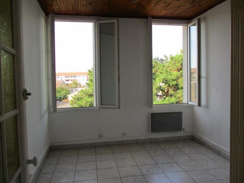 Rental apartment Salon de provence 530€ CC - Picture 3