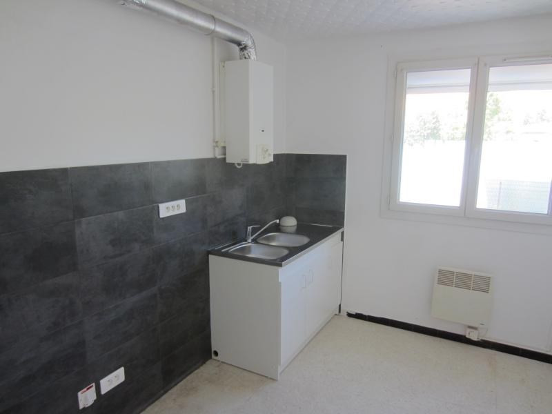 Rental apartment La seyne sur mer 639€ CC - Picture 2