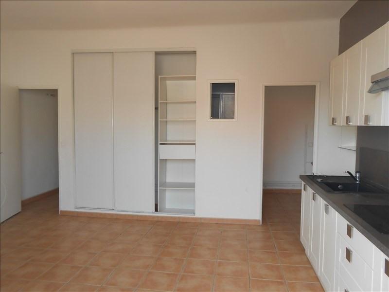 Rental apartment Martigues 640€ CC - Picture 4